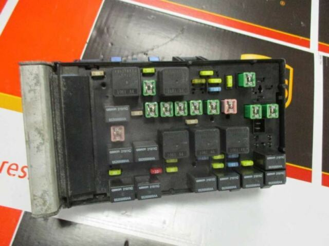 Fuse Box Engine Fits 03