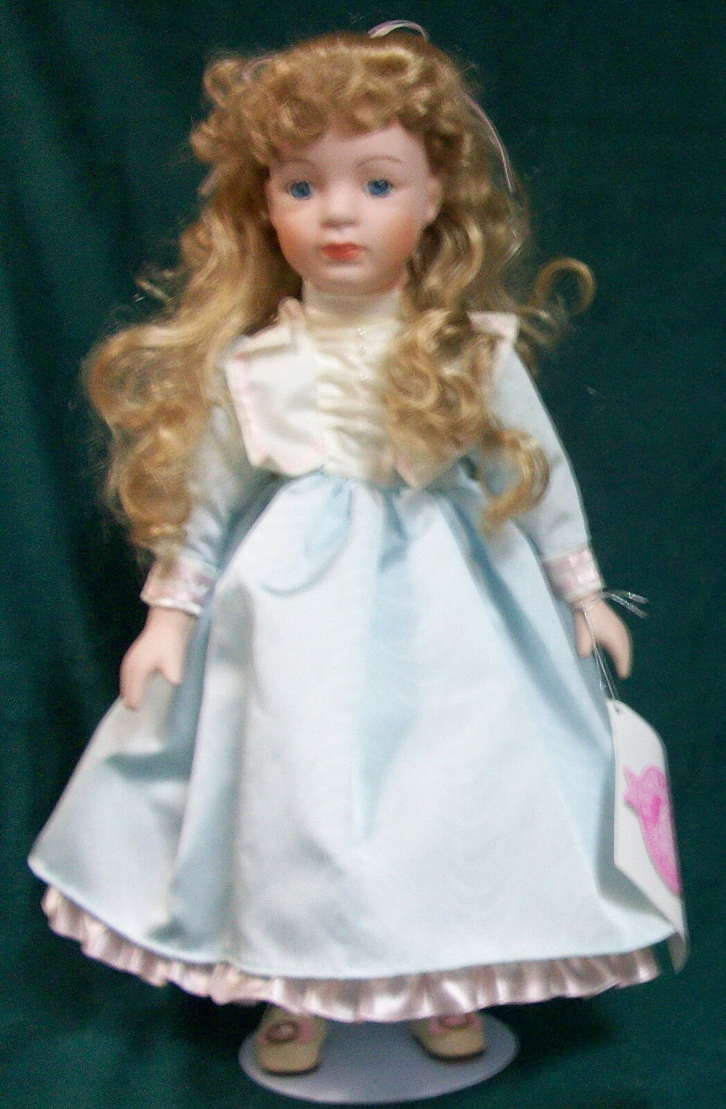 prezzo basso MELODY lungo Wavy Blonde Hair & & & blu Eyes bambola by TUSSINI COLLECTION - NIB  vendita di fama mondiale online