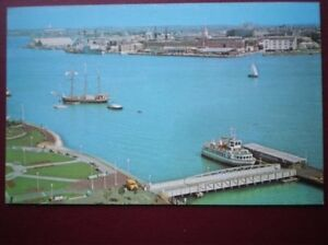 POSTCARD-HAMPSHIRE-PORTSMOUTH-THE-HARBOUR