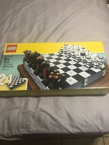 1450 pieces New Rare Retired LEGO 40174 Iconic Chess /& Checkers Set