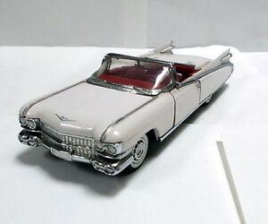 Franklin-Mint-1-43-Cadillac-Eldorado-convertible-Mint-no-box-Top-Model