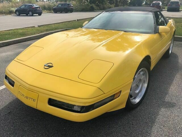 1992 Chevrolet Corvette Base 2dr Convertible