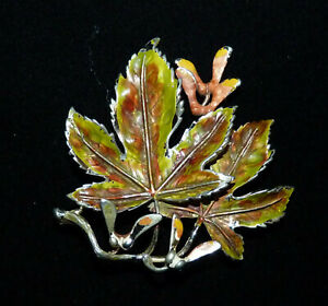 Lovely! Vintage Signed Exquisite Sycamore Leaf Brooch from the 1950s