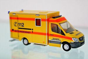 AgréAble Rietze 61719 - H0 1:87 - Quel Rtw Facelift ´13 Service De Secours Lk Oder-spree