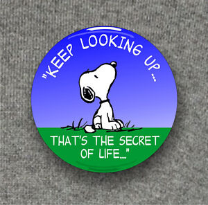 Keep-looking-up-snoopy-wisdom-Large-Button-Badge-58mm-diam