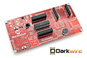 Microchip-Curiosity-Development-Board-DM164137-with-built-in-programmer-PIC