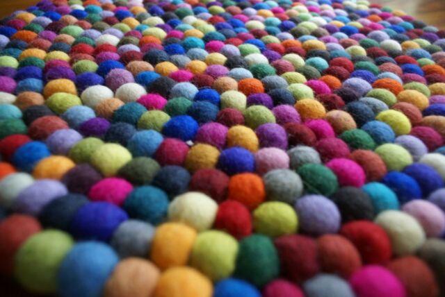 FELT BALLS 30mm (3cm) x 100 pieces ->MIX OF COLORS OR CHOOSE EACH BEAUTIFUL!