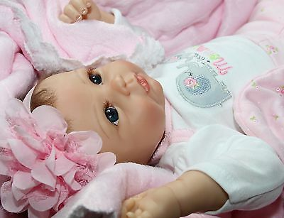 """I LOVE HUGS! - She Really Holds Your Hand! 22"""" Collectors Baby Girl Doll"""
