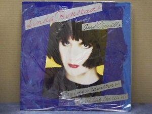Linda-Ronstadt-Featuring-Aaron-Neville-Cry-LP-33-GIRI-NM-NM