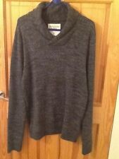 Abercrombie & Fitch men's shawl collar sweater size M, charcoal grey, new