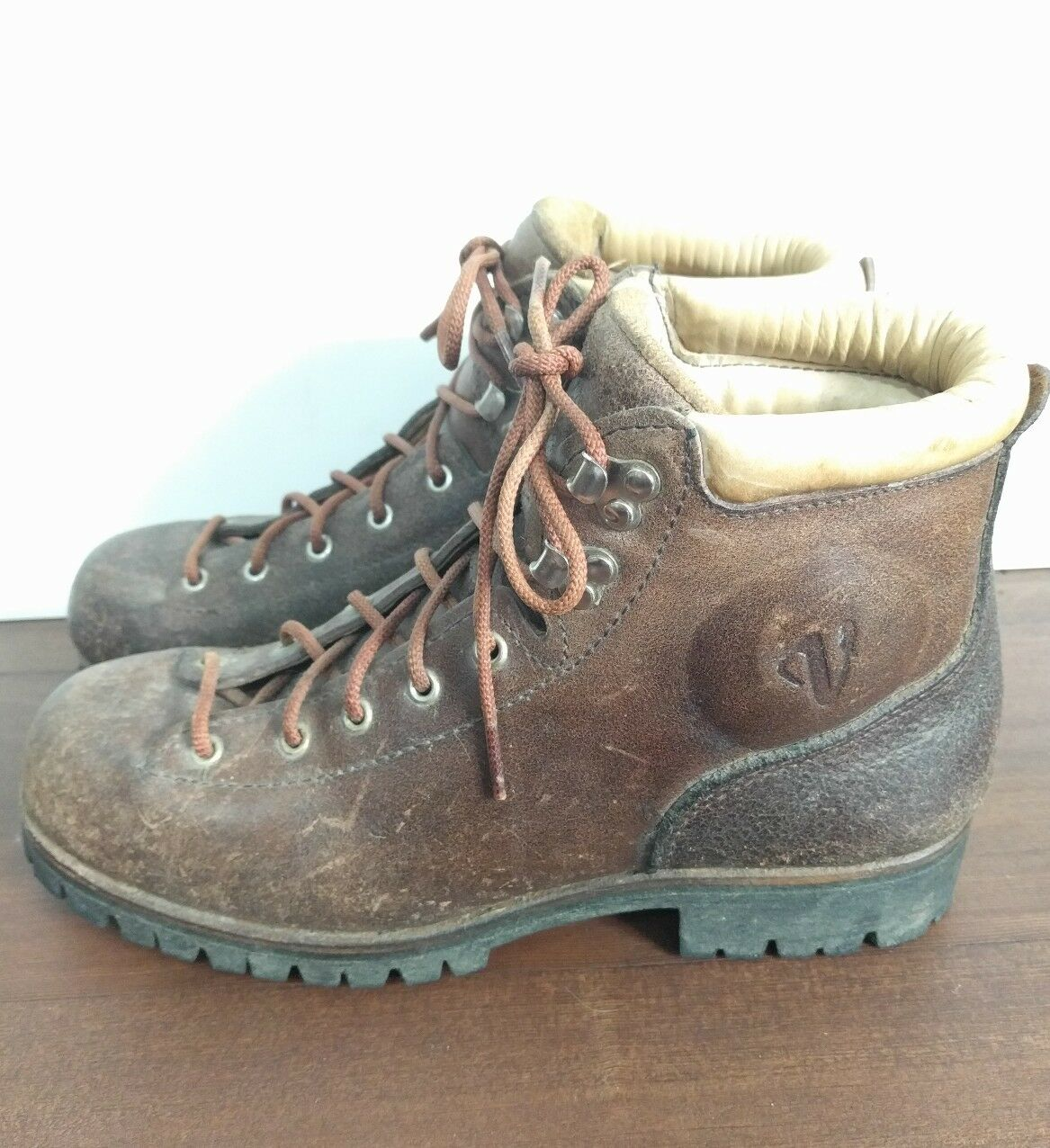 Vtg Vasque Sundowners Leather Mountaineering Hiking Boots Brown Womens  9.5
