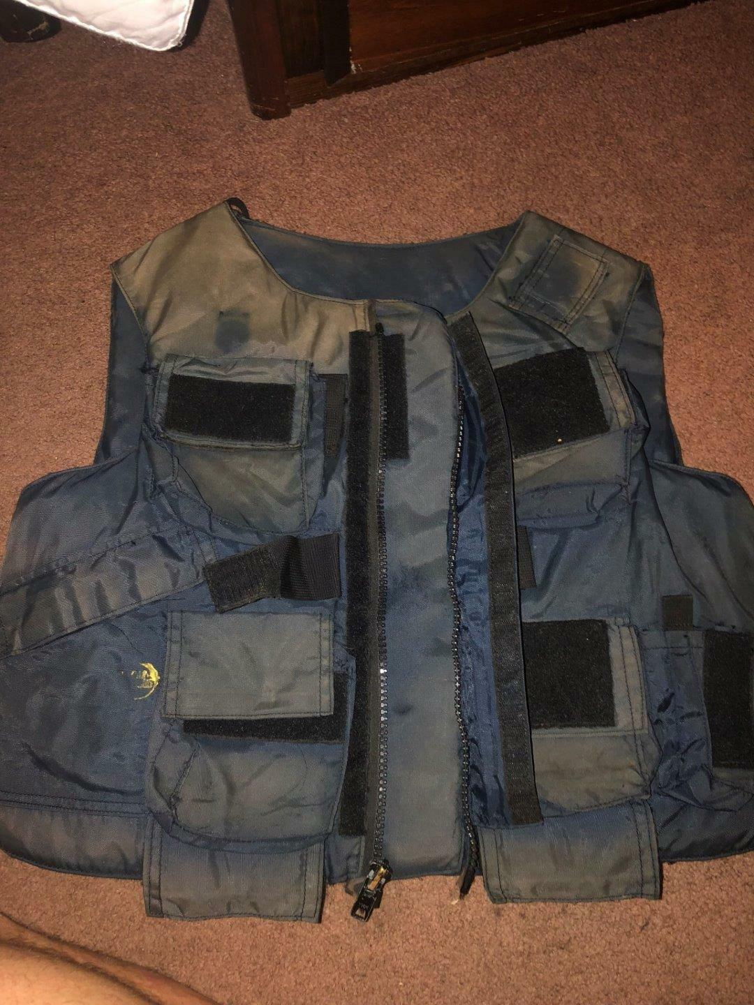 AMERICAN BODY ARMOR  ABA  BULLET PROOF VEST (WITH INSERTS) SIZE  1XRRR