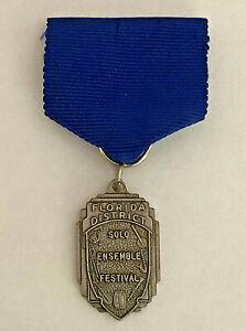 Florida District Solo Ensemble Festival Medal Award Pin Blue Bronze