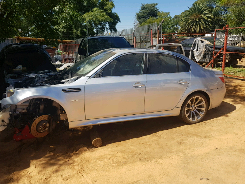 BMW E60 M5 accident damaged , stripping for spares | Northgate | Gumtree  Classifieds South Africa | 260946365