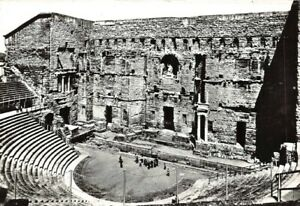 Orange-Inside-of-The-Theatre-Antique-le-Grand-Wall-and-Statue-Emperor