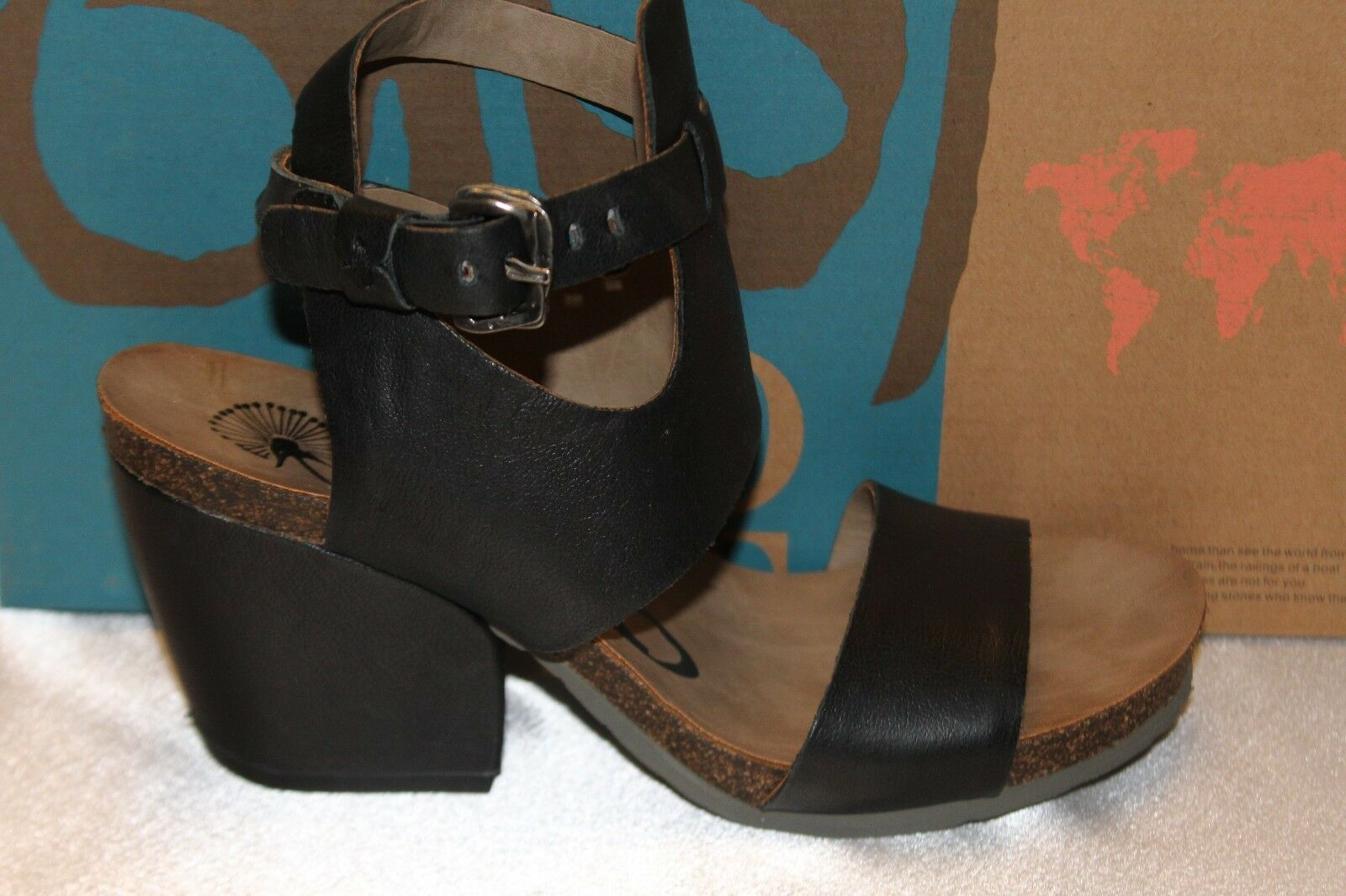NEW NEW NEW  NIB  OTBT Black Leather LEE Ankle Cuff Sandal Chunky Heel Sz  6 6.5 7.5 3b9090