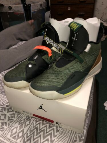 Nike Air Jordan Cactus Jack 33