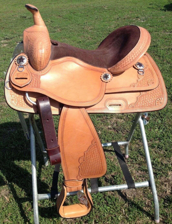 15   light oil leather Western trail   all around saddle  on sale