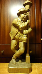 VINTAGE-17-034-WOODEN-HAND-CARVED-DRUNKEN-MAN-STATUE-FIGURE-BAR-PUB-DECORATION