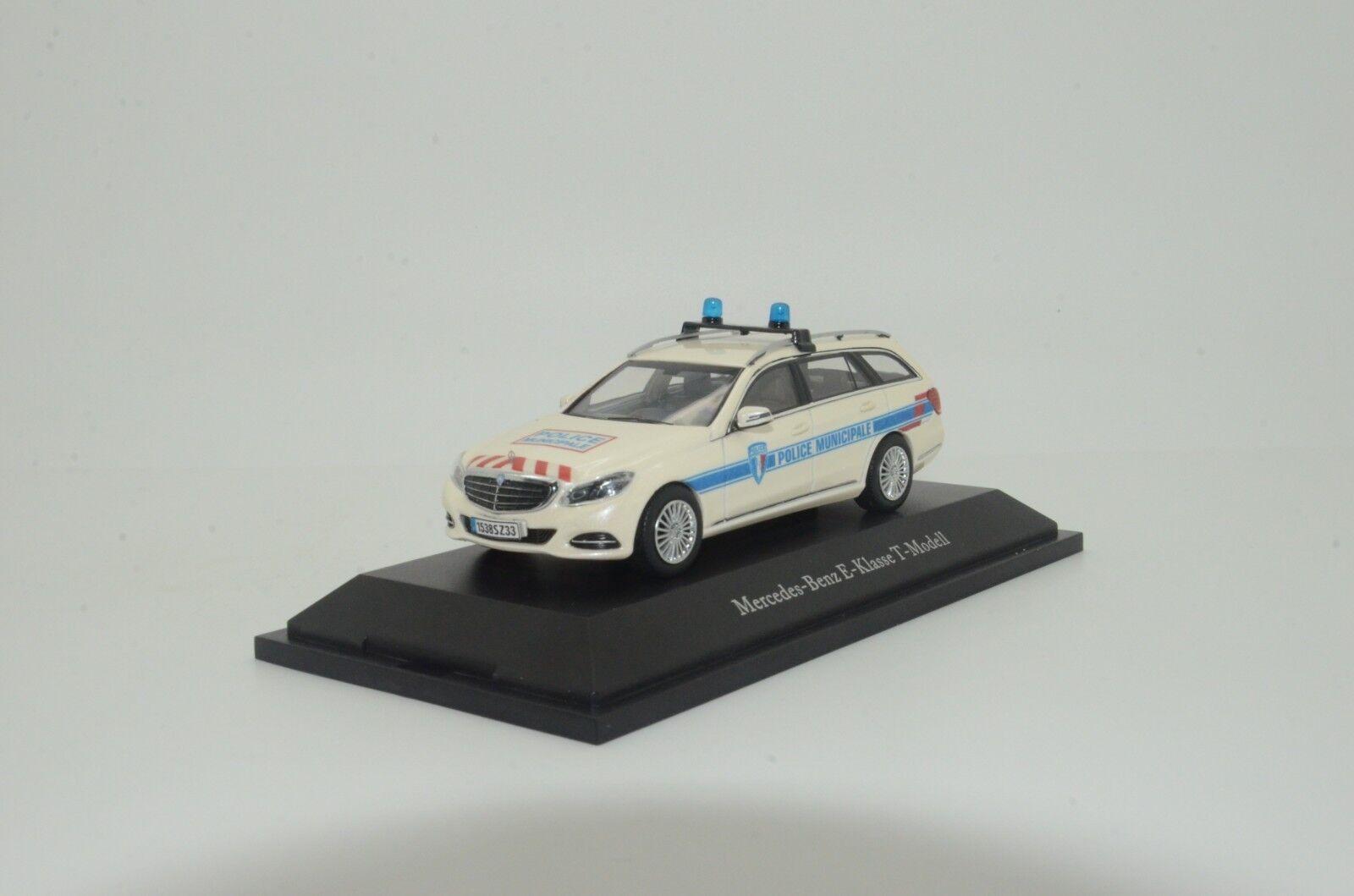 Envío 100% gratuito    rara    MERCEDES CLASE CLASE CLASE E T-Modell Francia policía emitida Hecho a Medida 1 43  compra en línea hoy