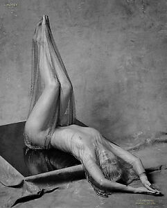 nude Black and photography white fine art