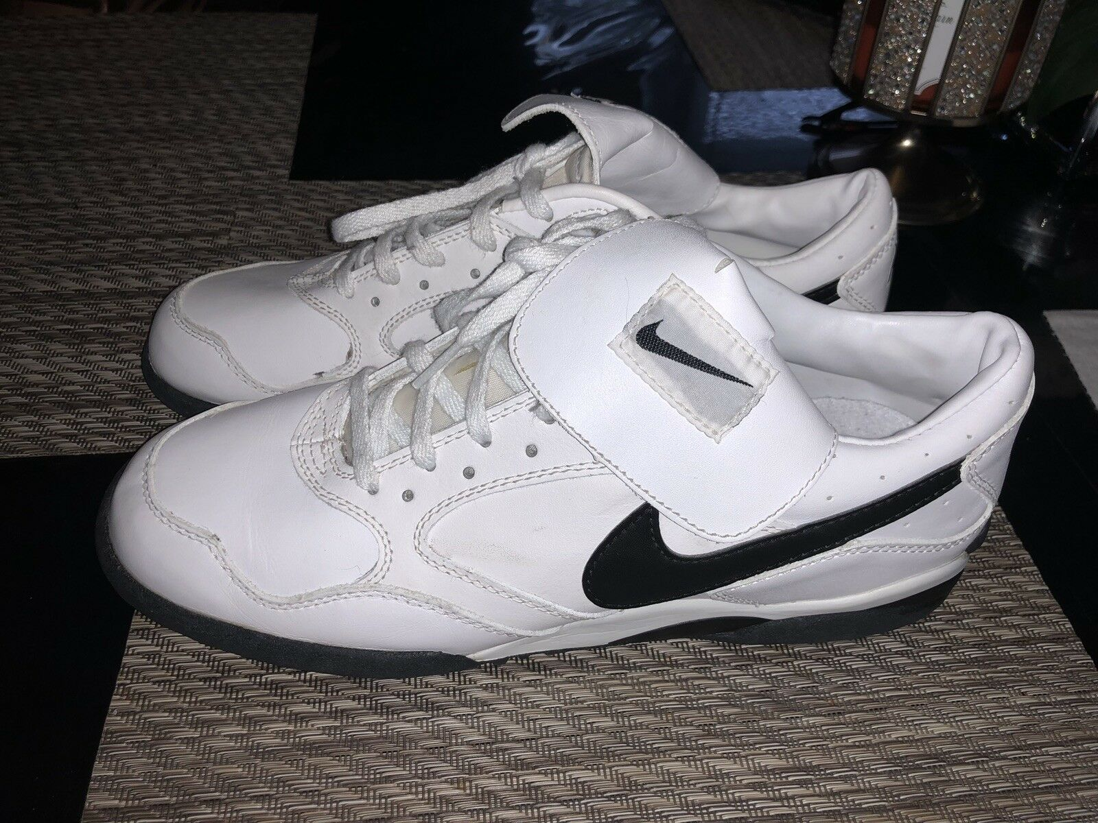 Super Rare 1995 Nike Air Mens 11 Golf Sneakers White & Black 521008