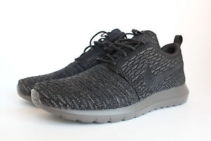 cheap for discount 539c1 6d653 Image is loading Nike-Roshe-Run-Flyknit-Midnight-Fog-Black-677243-