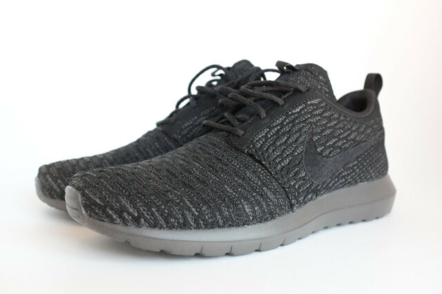 the best attitude 2a68f 06bfe Nike Mens Roshe NM Flyknit Running Shoe 8 D(m) US Black Midnight Fog 001