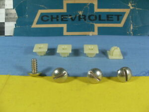 NOS Chevrolet Plate Screws CAMARO CHEVELLE  GM Buick Oldsmobile Pontiac Hardware