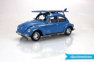 Volkswagen Beetle VW Classic Bug 1:24 scale die-cast model hooby car + surfboard