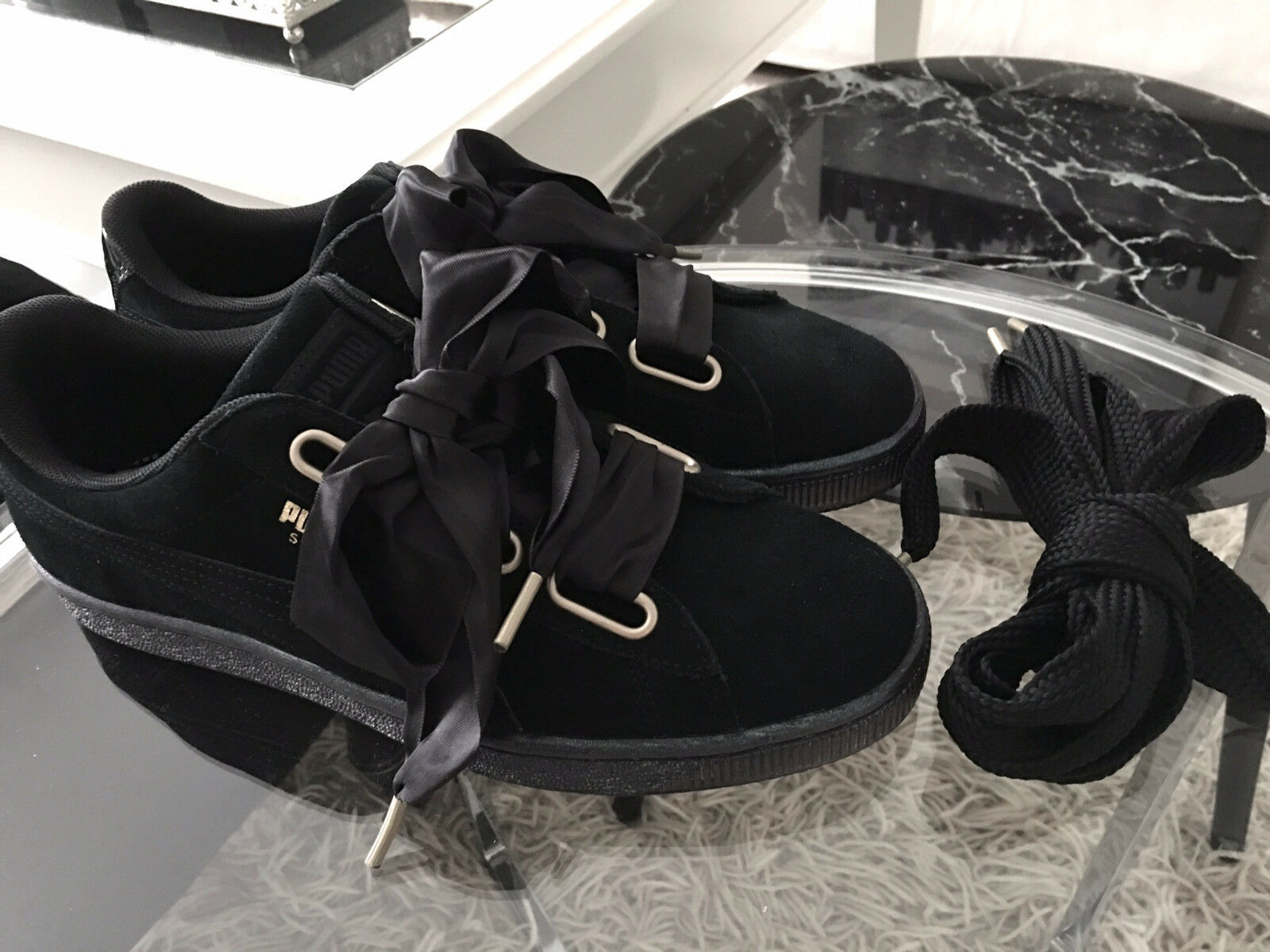 Puma SUEDE HEART SATIN BLACK SCHWARZ- 39 - Sneaker low