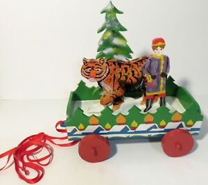 Vintage-Wooden-Pull-Toy-VBI-Inc-Hand-Painted-Showing-Pavlik-and-the-Tiger