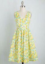 Everly Yellow Ace The Zest Lemon Print Dress Size S Modcloth Summer Retro A-Line