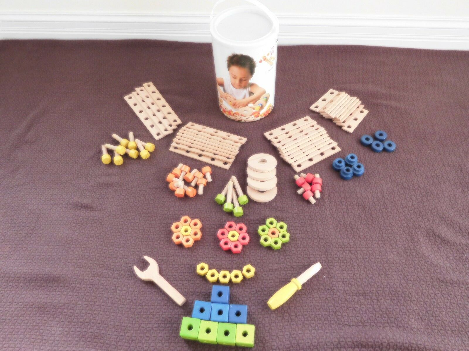 SEVI Wood Construction Toy (104 Pieces)