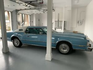 1976 Lincoln Continental Coupe Mark IV Givenchy Cartier Edition