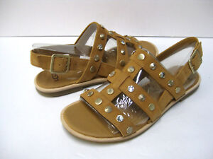 ca9a98cfdd17 Image is loading UGG-ZARIAH-STUDDED-BLING-WOMEN-SANDALS-LEATHER-LATTE-