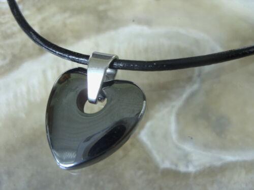 Hematites corazón m.2 mm DE CUERO cadena cuero negro 45 cm con steckverschluss
