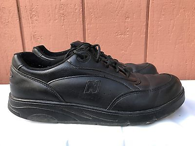 EUC New Balance 811 Black Walking Shoes