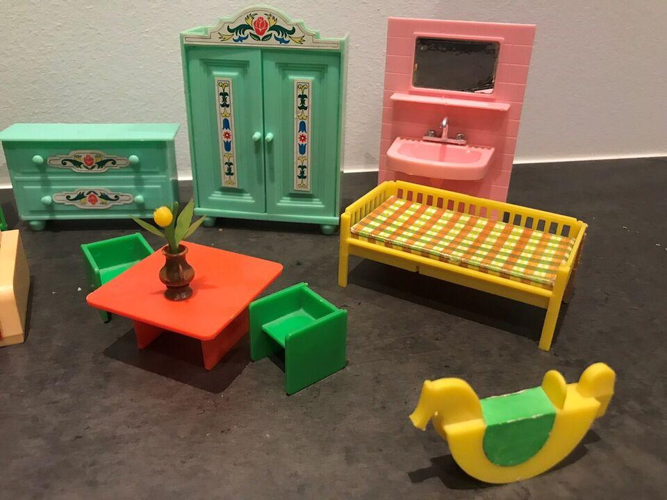 Dukkehus-møbler, Mange møbler til dukkehus