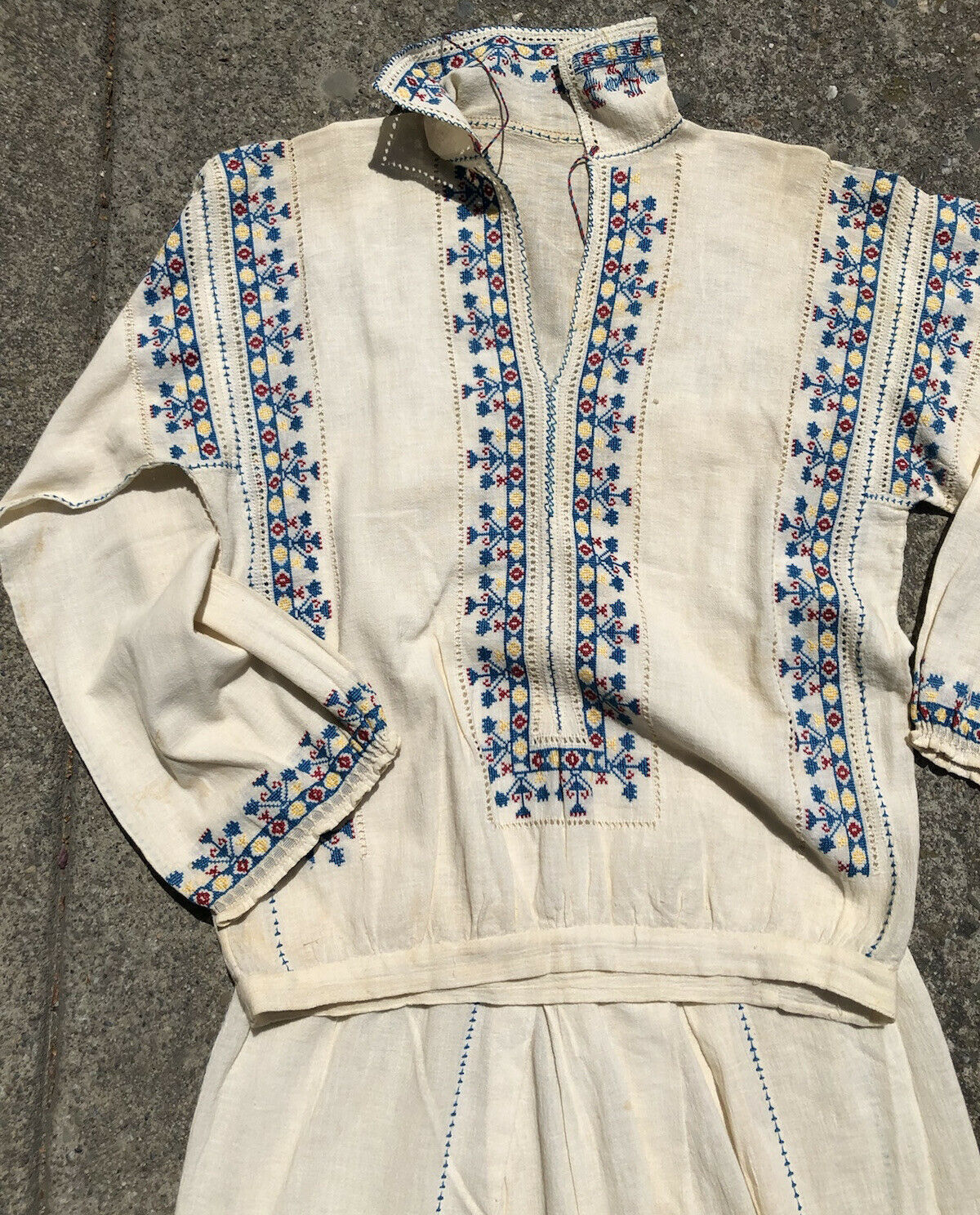 Charming Antique 1920's Hungarian Embroidered Boh… - image 10