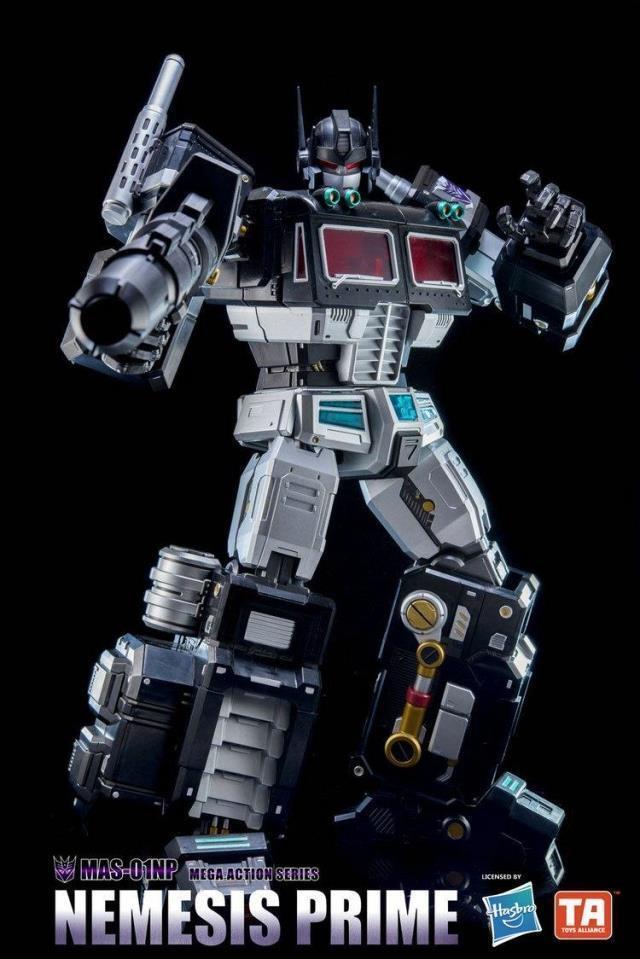 Hasbro Robot Nemesis Optimus Prime MAS-01NP Mega Action Series Figure 18inch