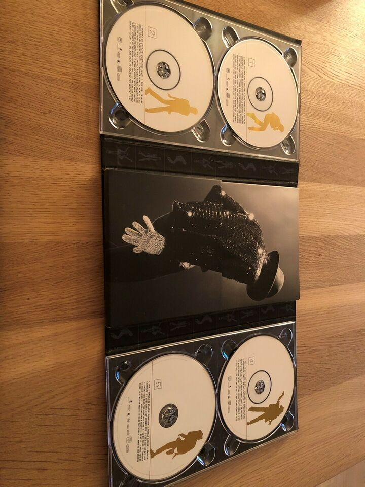 Michael Jackson: The Ultimate Collection , pop