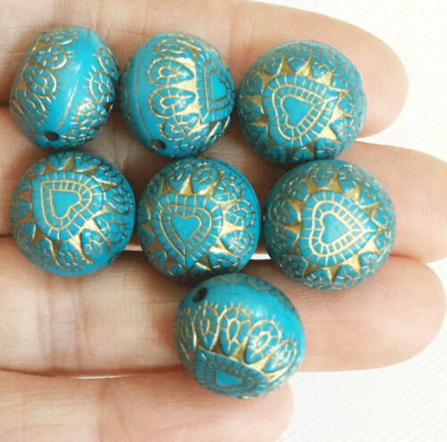 30 pcs of Resin flat round beads 15mm light blue
