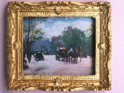 maison de poupées miniatures dec Vintage french scene photo dans Ornate Golden Frame