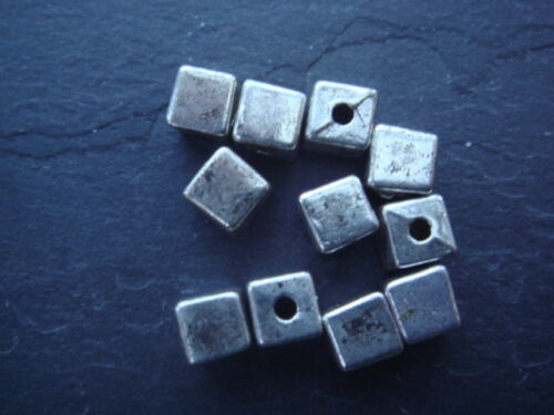 square spacer beads 30 Antique silver 4mm cube