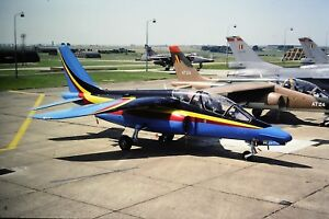 2-314-2-BAe-Systems-Hawk-French-Air-Force-AT-11-SLIDE