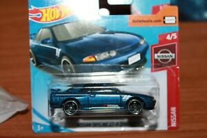 NISSAN-SKYLINE-2000-GT-R-R32-HOT-WHEELS-SCALA-1-55