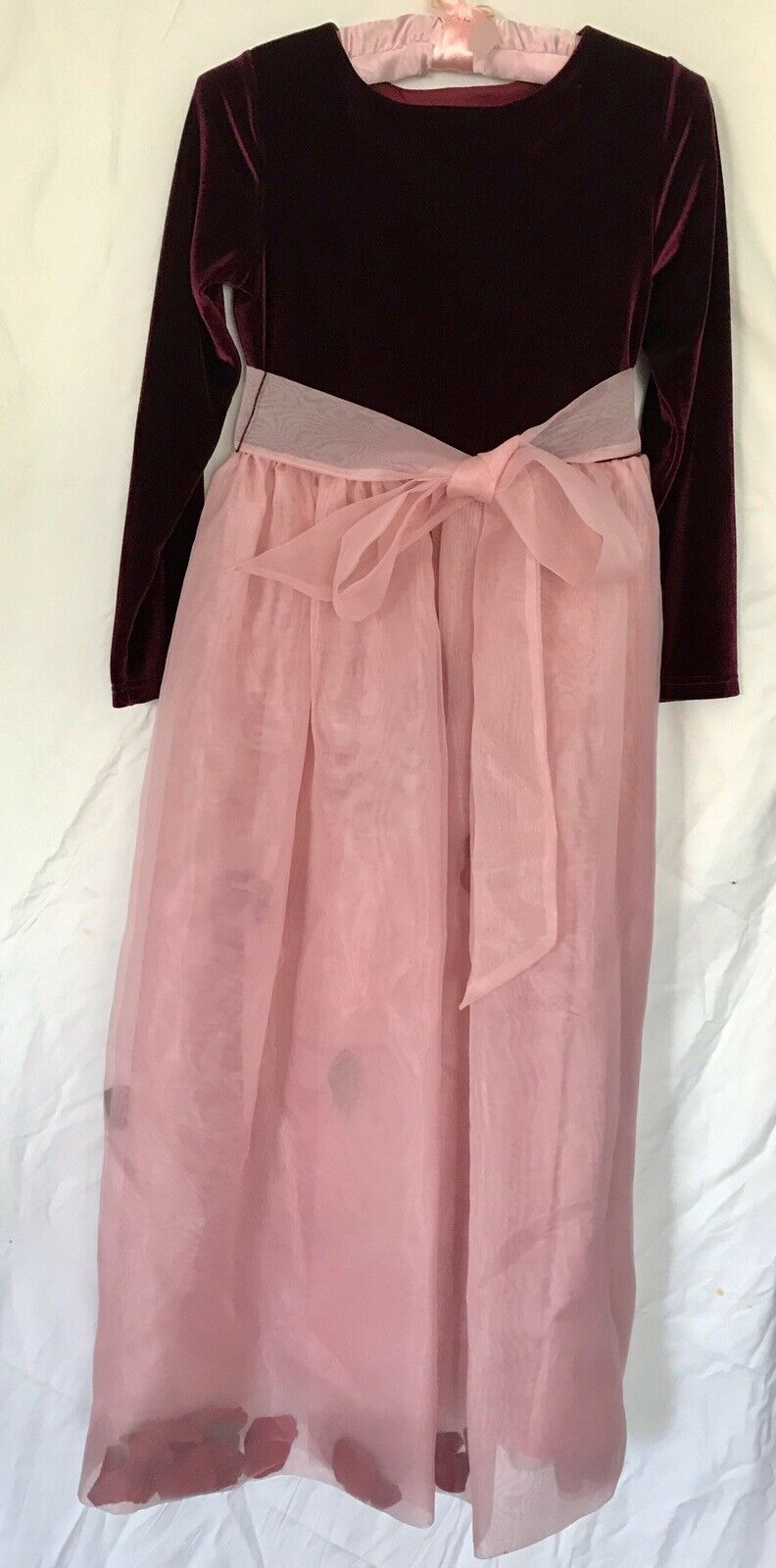 Girls Formal Dress Gown Dusty Rose Storybrook Heirloom Gowns Size 12 Pre-Owned