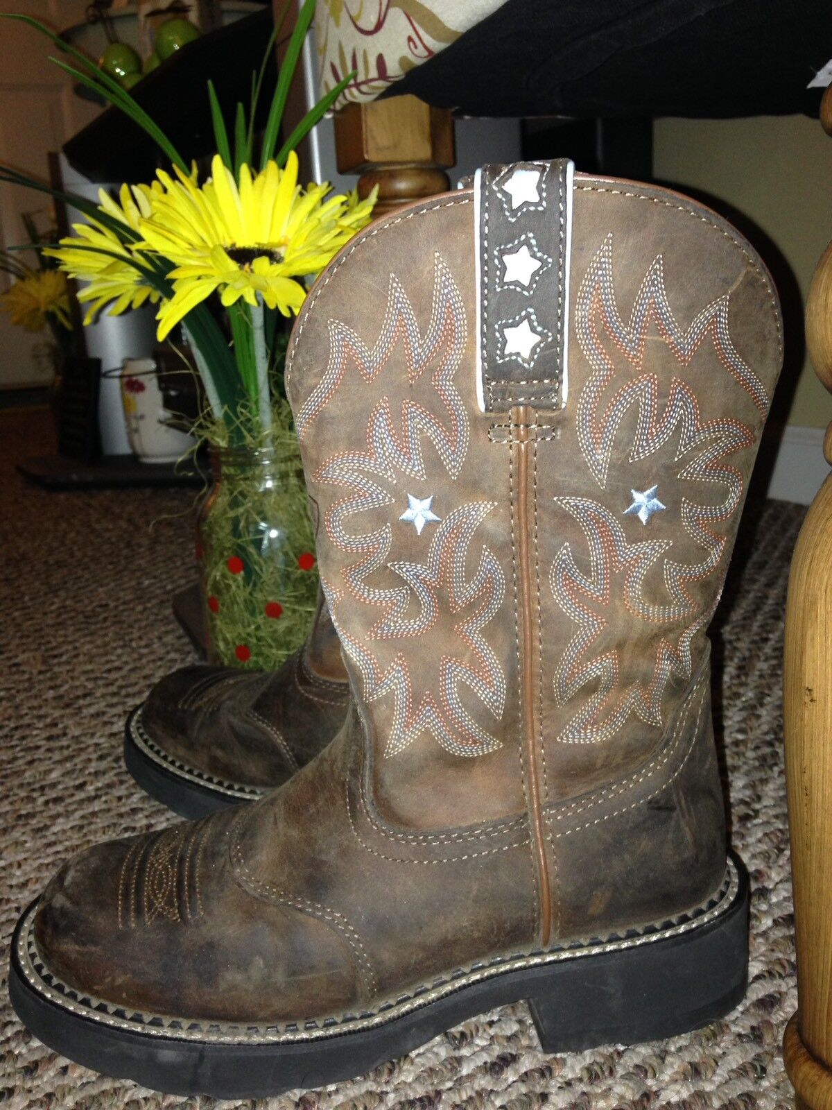 Ladies Ariat Boots Size 7.5