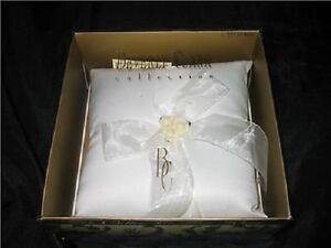 New Beverly Clark Paper Rose Wedding Ring Bearer Pillow Boy Rings